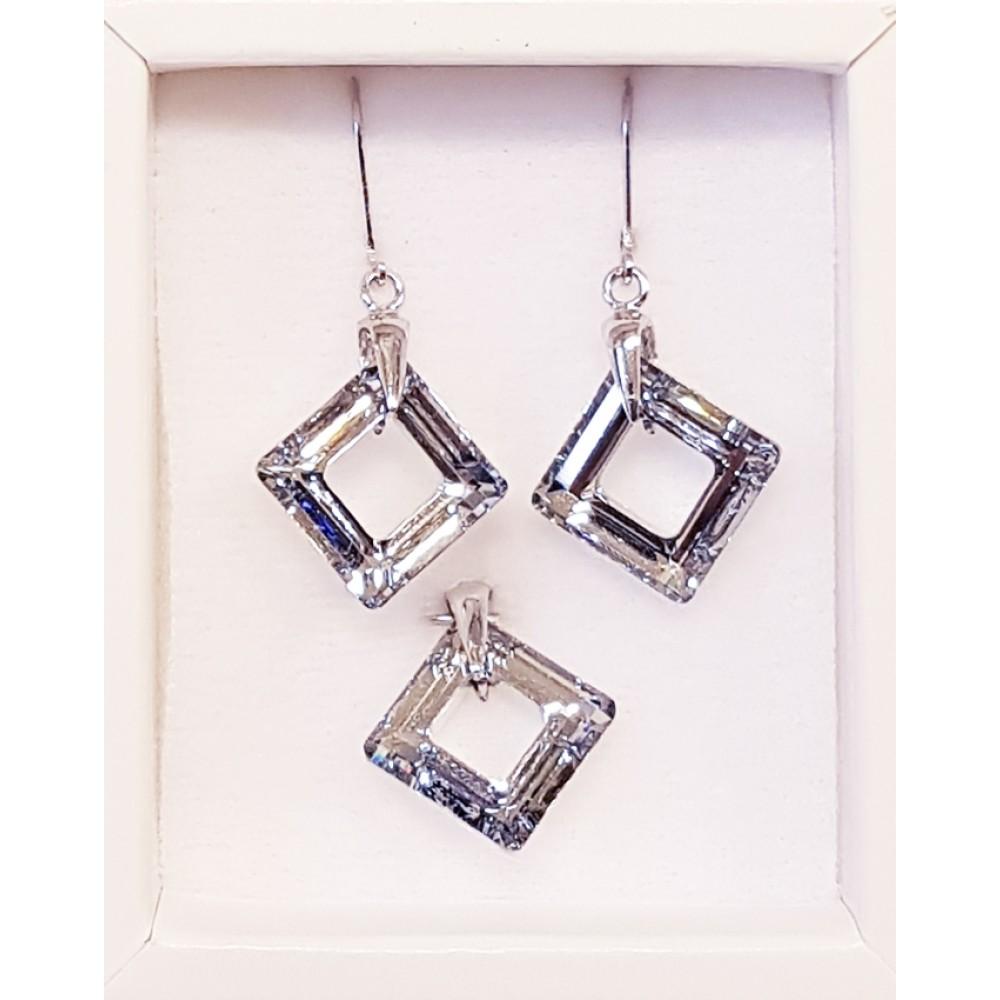 Stříbrné náušnice a přívěšek s kameny Crystals from Swarovski® df0085d6c25